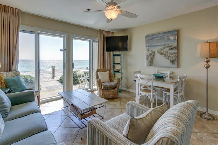 1st Floor Condo w/ Gulf View! Grill, Pools, Beach Access, Near shops and dining!