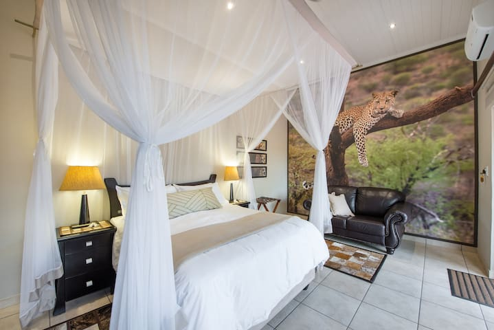 Twiga Tower Leopard Double Room