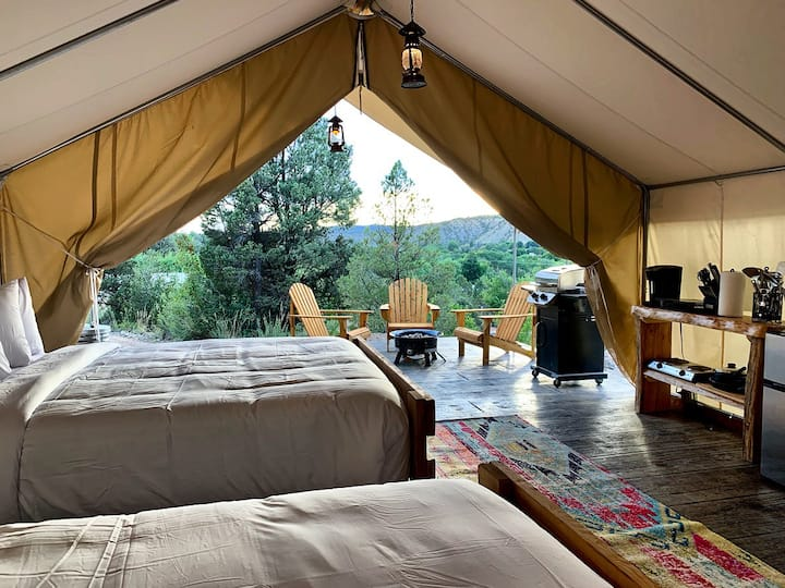 Glamping Tent #5 (2 Queen Beds)