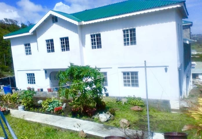 Rooms to rent in St. Vincent