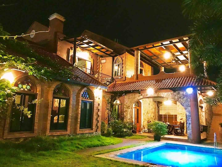 Chiang Mai Rabbit Villa清邁/寧曼路附近/意式/泳池BBQ/獨棟別墅/中文服務