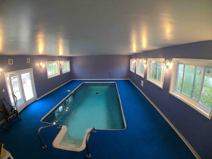 Luxurious   home with a Private indoor heated pool