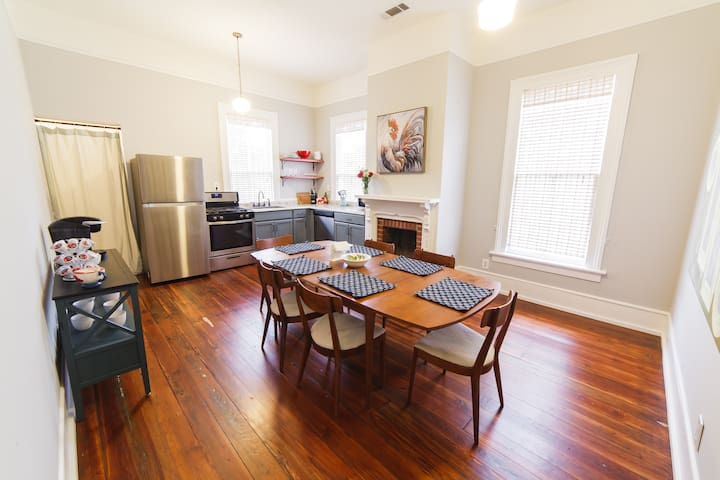 The Historic District House Suite One