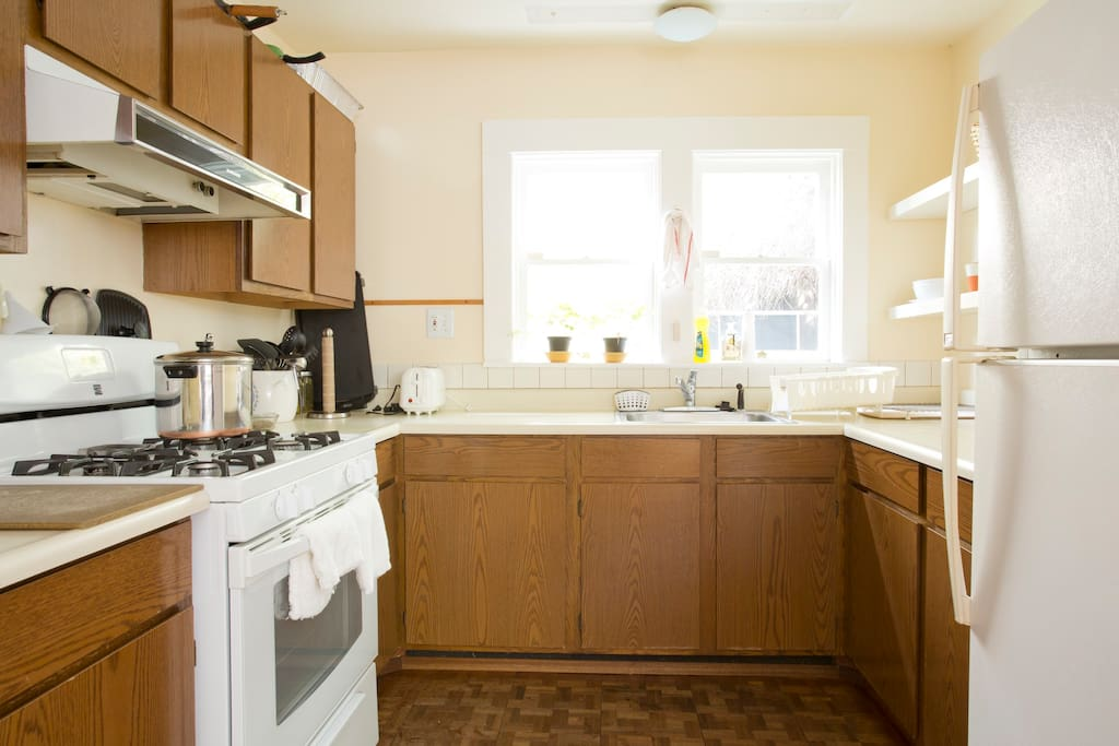 Small but Fully functioning kitchen