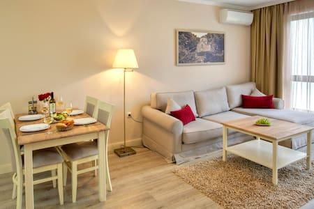 Новые апартаменты - Balchik