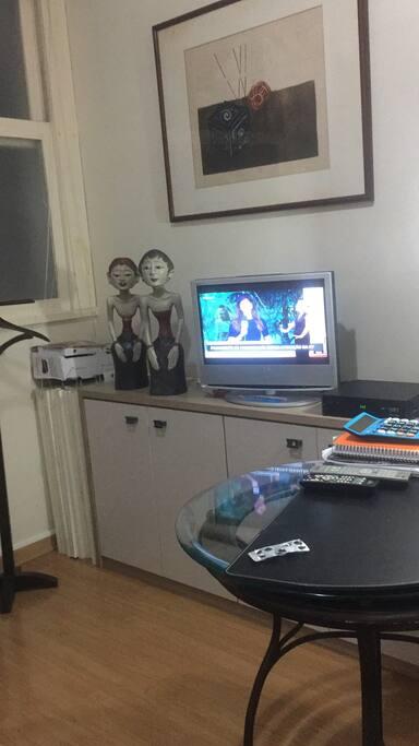 TV a cabo Muitos canais