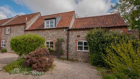 Luxury Holiday Cottage, Docking, North Norfolk