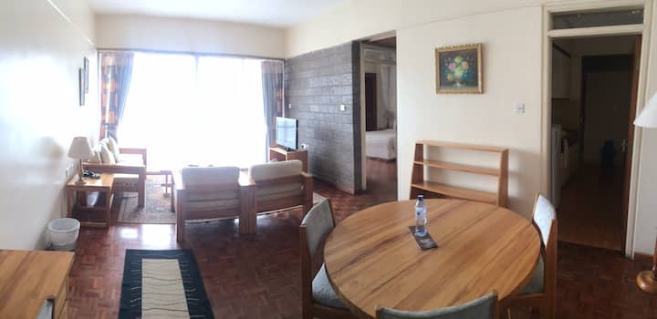 Centrally Located, Large Serviced Apartment