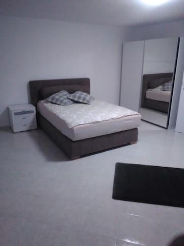 Schönes Zimmer in Walldorf