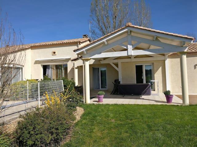 Maison avec piscine St Sauveur De Bergerac - Saint-Sauveur - Casa