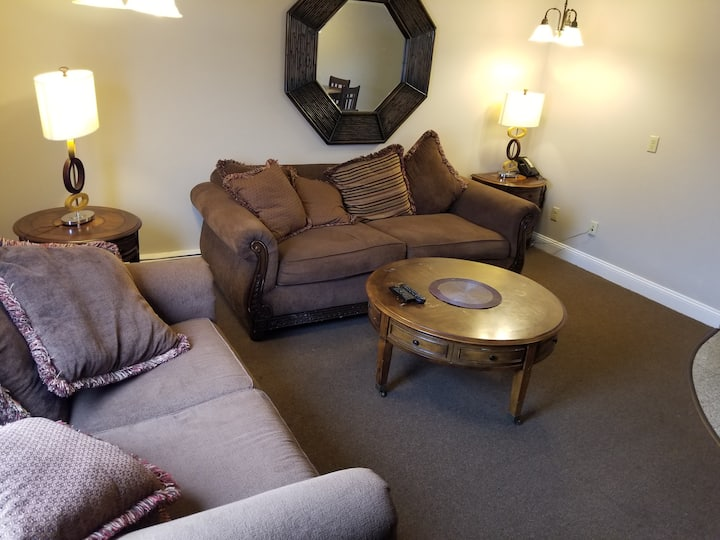Apartment Style Suite 30 Mins from Prov and Boston