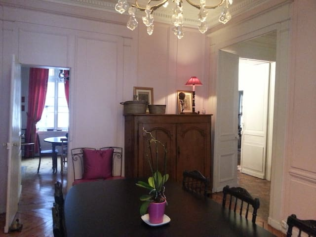 Jolie maison de charme à Rouen Ctre - Rouen - Casa