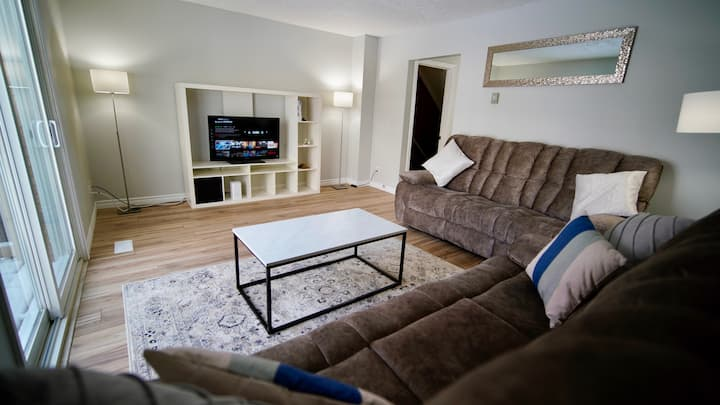 7mins to Blue, 100% newly refurbished private home