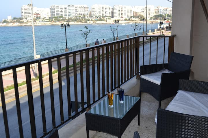 Spinola Bay Sea Front Studio Room