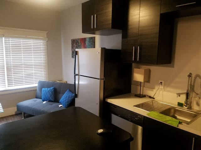 DOWNTOWN LB 1bedroom WESTIN Apartment