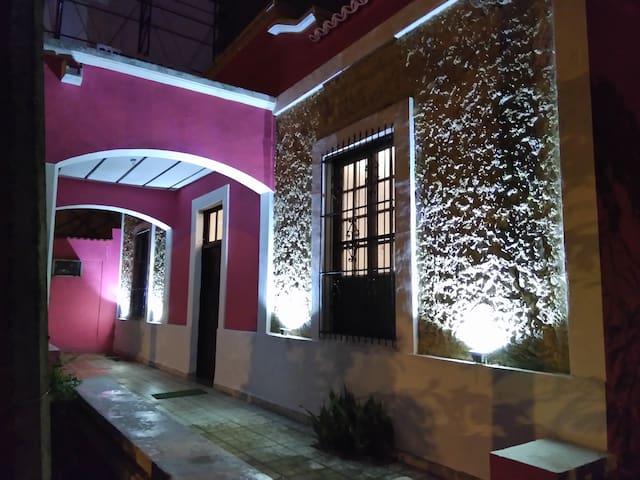 - HOUSE ROSA MEXICANO ROOM 2