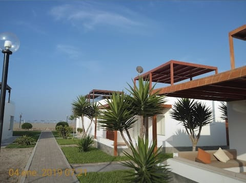 Casa de playa en condominio privado con WIFI.