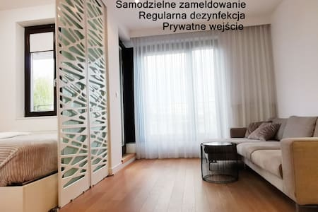 Come&Stay apartments - Ochota