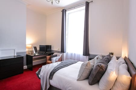 Comfy Studio Apartment - Knowledge Quarter