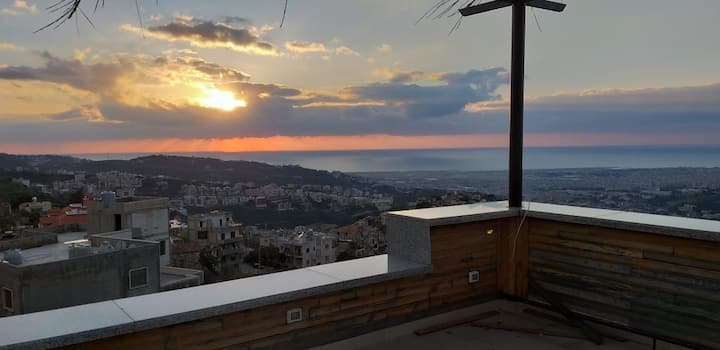 Cosy studio,pergola access,15 min from beirut,