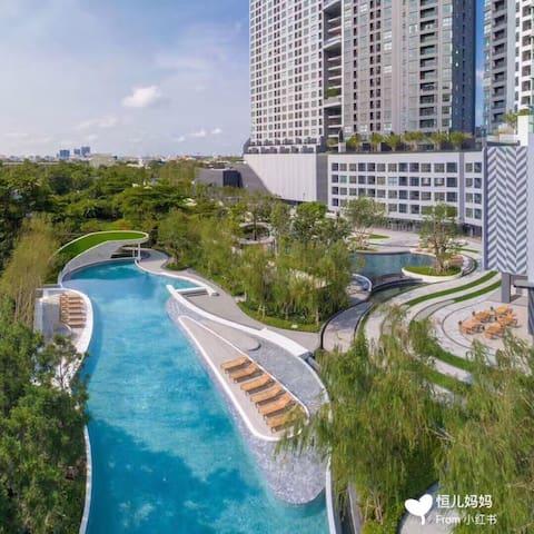 BITEC 国际会展中心附近 BTS邦纳附近 超大生态环绕泳池小区 全新温馨舒适大空间一卧套房