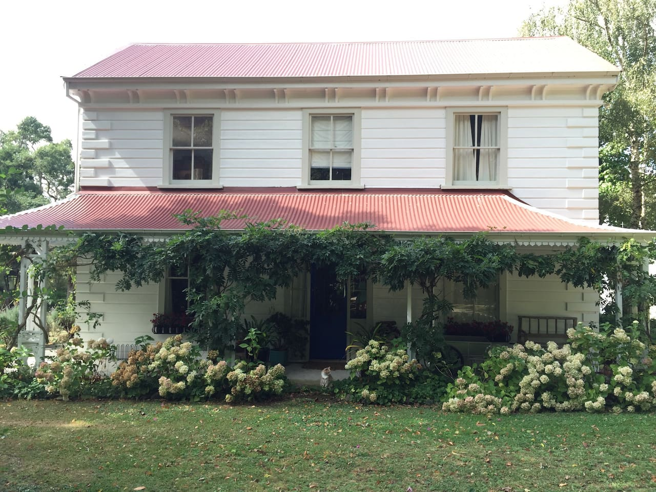 Te Puhi, the old house, built in 1868.