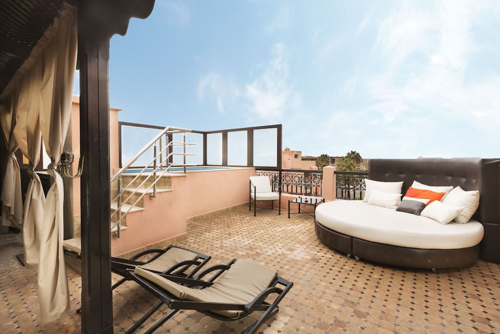 Duplex avec piscine priv e gueliz transfert for Appartement avec piscine marrakech