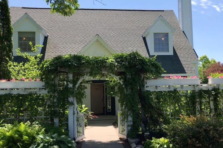 Big & Beautiful Door County Home in Ephraim