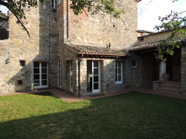 Wonderful apartment in Tuscany - Palazzone