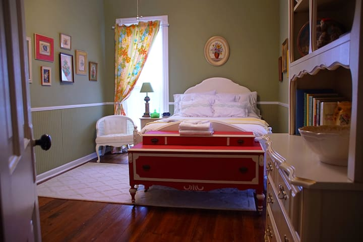 French Provincial room-upstairs