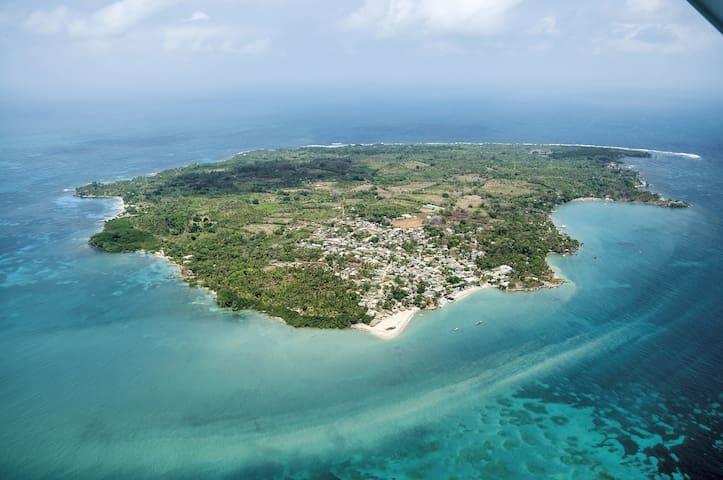Isla Fuerte Cordoba Catered Oasis