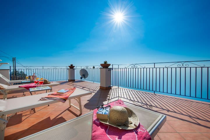 ANGELINA HOUSE AND ITS BREATHTAKING TERRACES