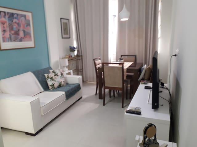 Apartamento  para duas pessoas em Copacabana