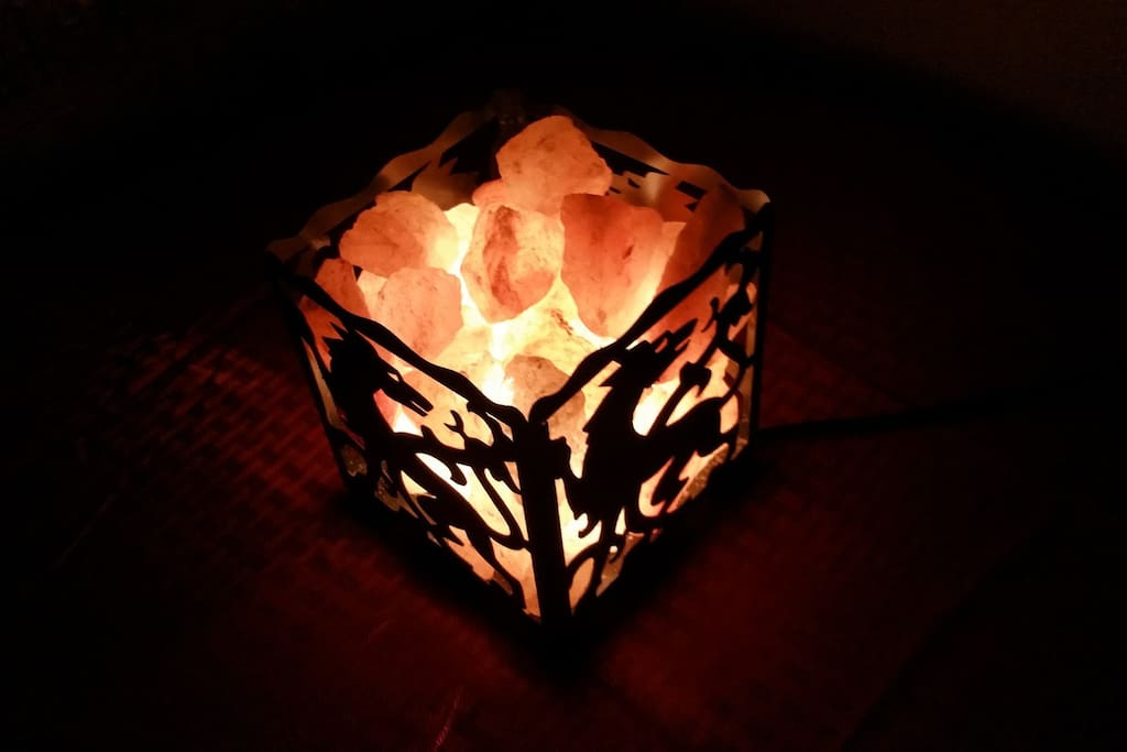 Salt rock lamp to improve air ionization.