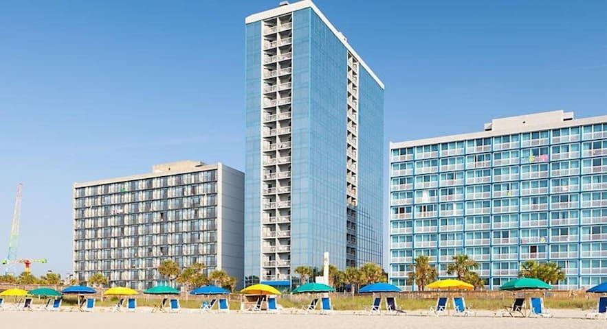 One Bedroom Deluxe Luxury Condo, Myrtle Beach (A650)