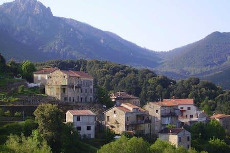 Maison de village - 30 mn de Propriano