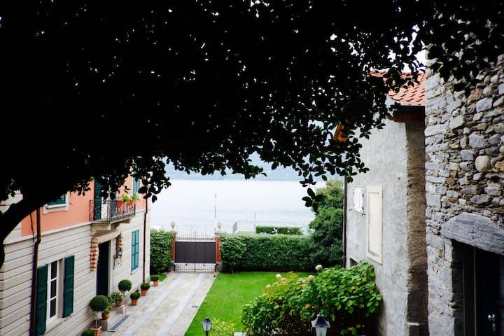 Luxury & comfort - Lago Maggiore (CIR 10303300031)