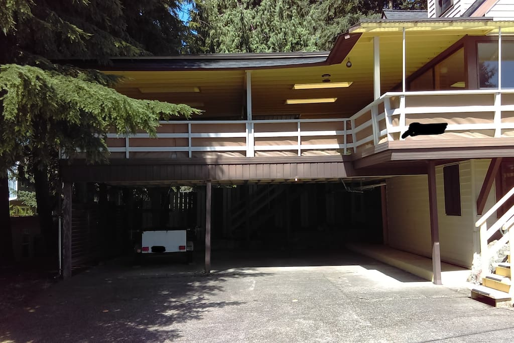 front view, sunny terrace on a 2nd floor