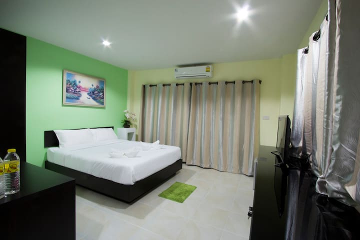บุญโฮมอพาร์ทเมนท์ - Tambon San Phi Suea - Lägenhet