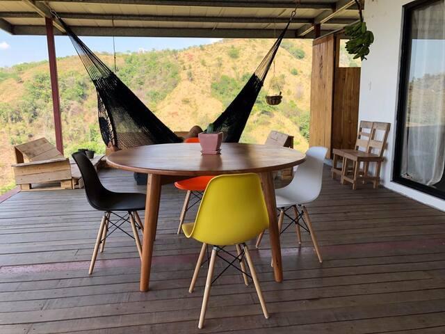 La Casa Dulce -360° View-