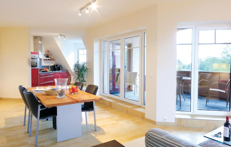 Holiday apartment with 3 bedrooms on 100 m² in Handewitt