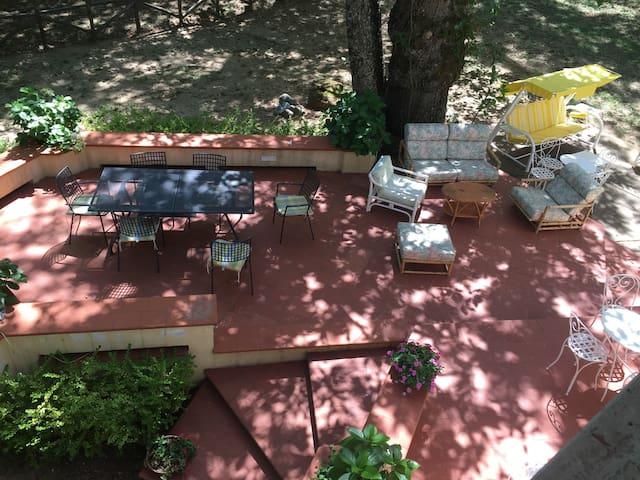 Bella Villa in un parco in collina - Corigliano Calabro - Huis