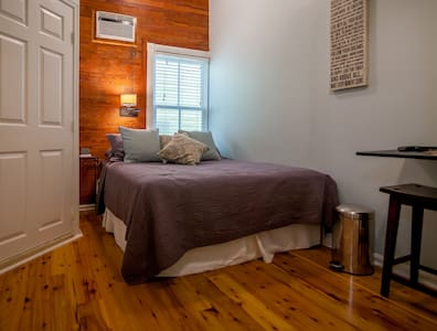 Luxurious Cozy Studio,close 2 Duval - Key West - Appartement