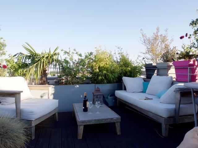 Grand Appartement Lumineux Dernier étage Terrasse - Bordeaux - Apartment
