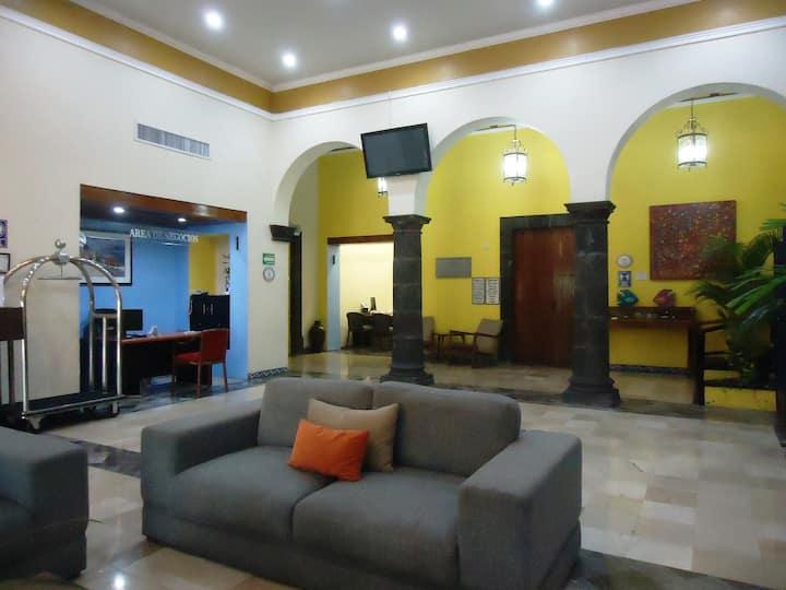 Habitacion privada en hotel Concierge Plaza Colima