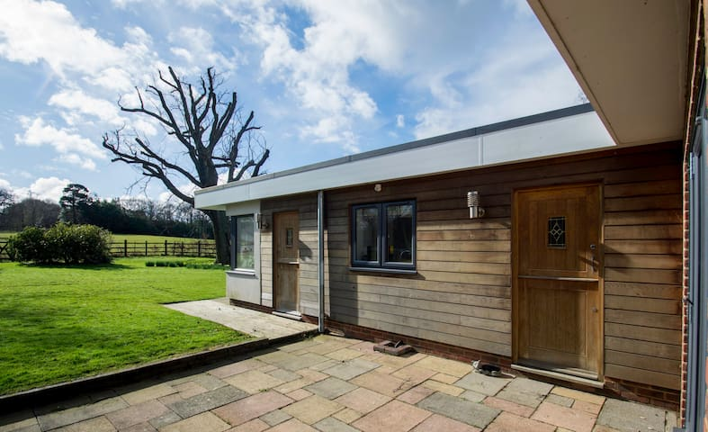 Private Self Contained Annex with rural outlook