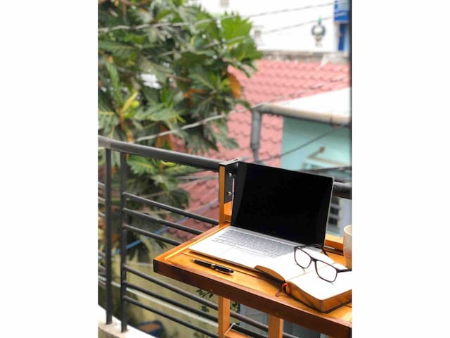 Private Room & Balcony in Hip House in PN Saigon