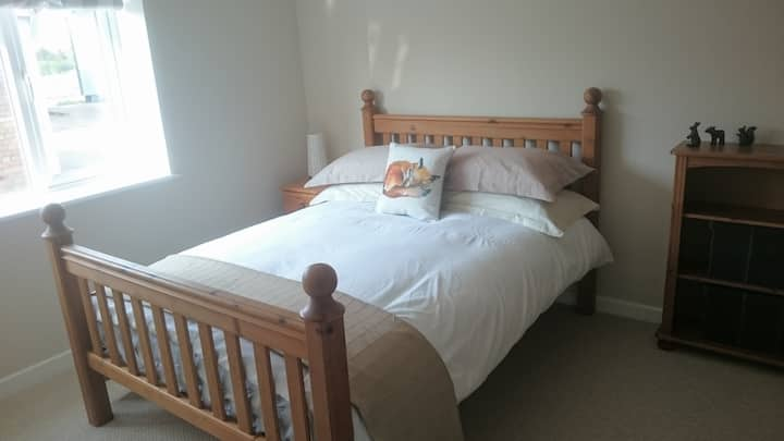 Double Room - Room Only - Luxury SC Cottage