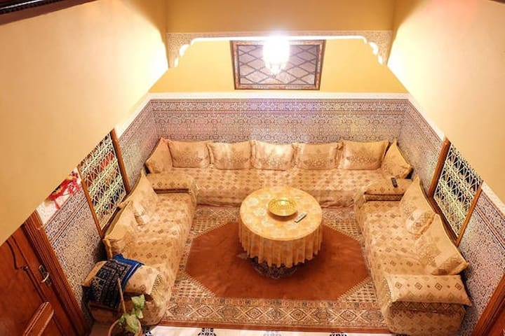 Traditional Riad, orange coral room - Marraquexe - Casa