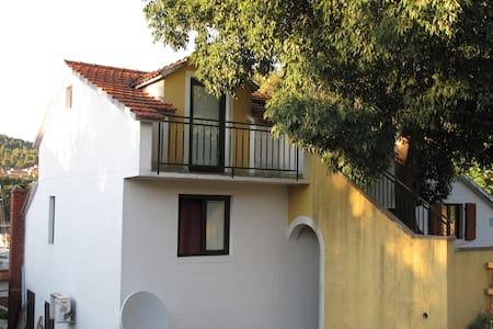 Apartman Šime, Stari Grad, Hvar